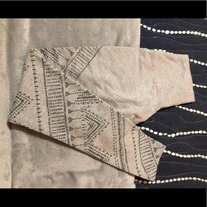 Aerie pattern leggings
